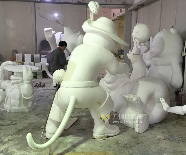 广西商场玻璃钢卡通雕塑公仔景观摆件装饰