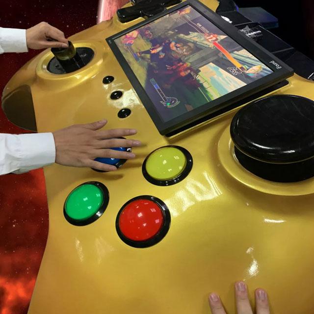 玻璃钢游戏手柄外壳广东厂家真机等比放大定制