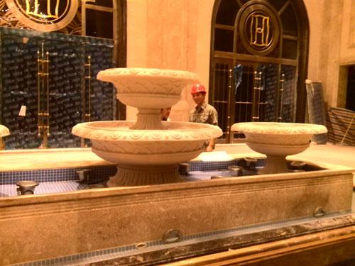 大堂水景景观玻璃钢喷泉花盆花钵图