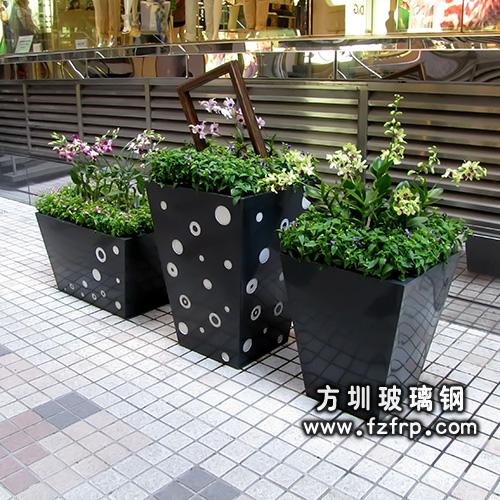 高端组合玻璃钢花盆产品展示图