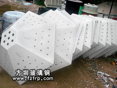 路灯悬挂式多边形花盆生产厂家