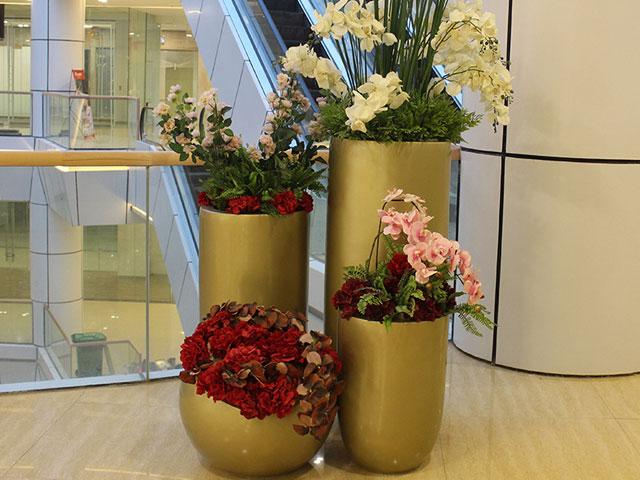 香港玻璃钢商场组合花瓶