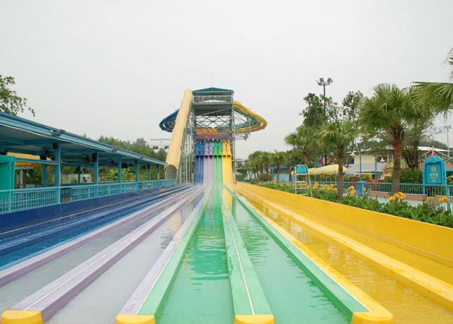 游乐园大型玻璃钢滑滑梯