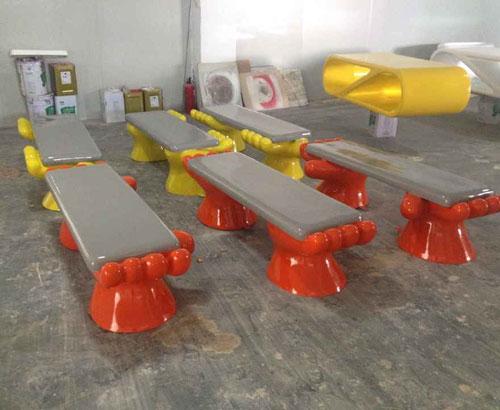 广州玻璃钢掌形创意沙发