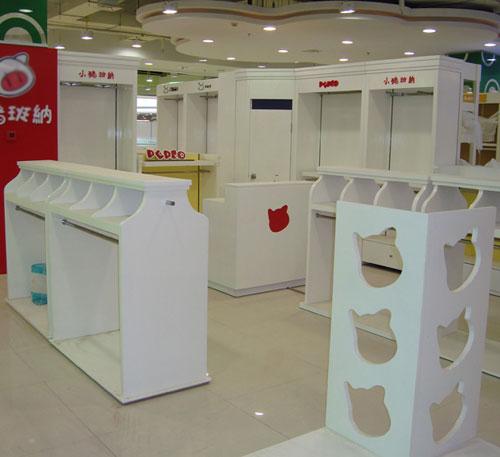 香港玻璃钢商场展台