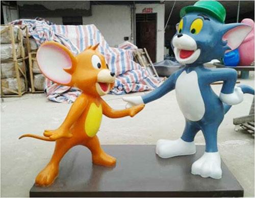 贵州玻璃钢卡通猫和老鼠雕塑