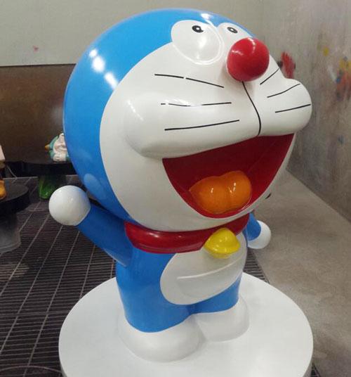云南玻璃钢动漫卡通猫雕塑