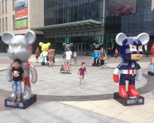 黄骅玻璃钢动漫影视模型雕塑商场户外摆放图